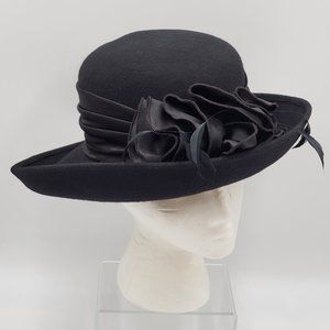 Betmar New York Wool Hat Satin & Feathers Hat Band